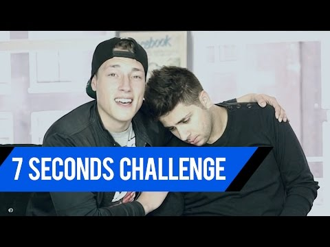 Naakt in de 7 Seconds Challenge